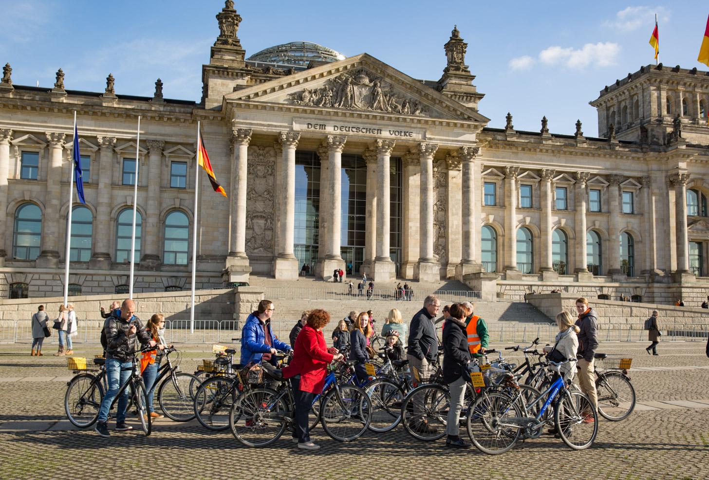 ontdek Berlijn op de fiets tijdens een fietstour met gids